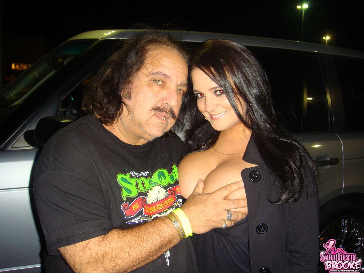 ron jeremy and women topless